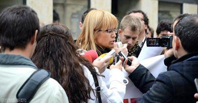 Leyendo el Manifiesto del Día Mundial de la Libertad de Prensa
